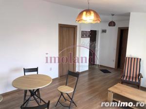 Vanzare apartament - 2 camere - 1 Mai - terasa 23 mp - imagine 3