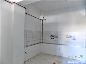 Etaj 2 !!  Baie cu geam. Apartament 3 camere SC: 74 mp cu loc de parcare inclus - imagine 1