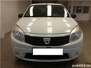 Dacia Sandero 1.2 benzina , 2009 - imagine 2