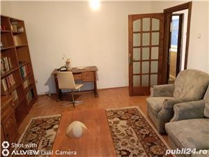 Zona Soarelui Bul. Sudului! De vanzare 2 camere , etaj intermediar , pret 67500 euro negociabil   - imagine 8