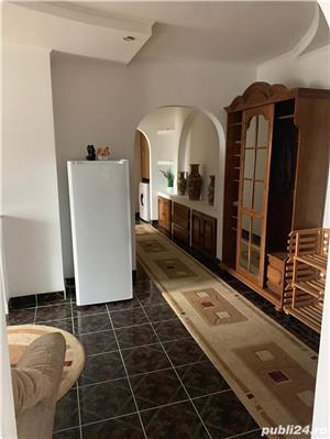 Inchiriez apartament cu 3 camere pe termen lung sau regin Hotelier  - imagine 4