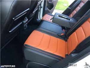 Volkswagen Tiguan R-Line // 2.0 TDi 150 CP // Ceasuri Plasme // Navigatie Mare 3D // Scaune Full .  - imagine 5