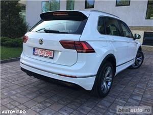 Volkswagen Tiguan R-Line // 2.0 TDi 150 CP // Ceasuri Plasme // Navigatie Mare 3D // Scaune Full .  - imagine 8