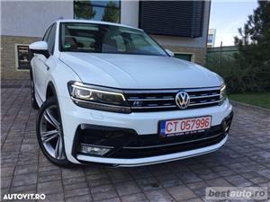 Volkswagen Tiguan R-Line // 2.0 TDi 150 CP // Ceasuri Plasme // Navigatie Mare 3D // Scaune Full .  - imagine 17