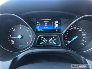 Ford Focus Titanium - imagine 8