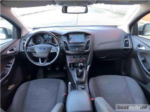 Ford Focus Titanium - imagine 5