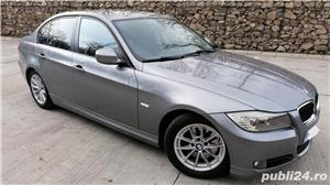 Bmw Seria 3 320 - imagine 9