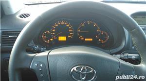 Toyota avensis - imagine 6