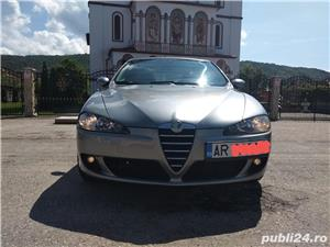 Alfa romeo Alfa 147 - imagine 1