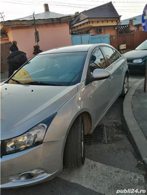 Chevrolet cruze - imagine 6