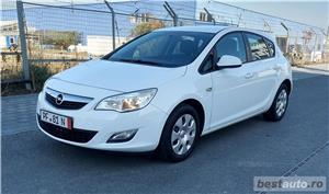 Opel Astra J 4 usi Scurt 1,4 B. Turbo 120 CP  Euro 5 Germania -RAR Facut  - Impecabila - imagine 1