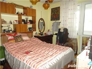 Zona Big - De vanzare apartament cu 2 camere,etaj 4 - imagine 2