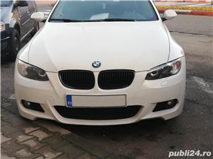 Bmw Seria 3 330 - imagine 1