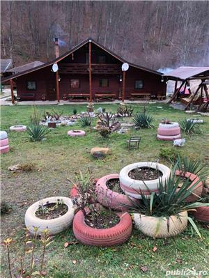 Inchiriez cabana cu piscina si ciubar jacuzzi - imagine 1