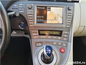 Toyota prius plug-in - imagine 3