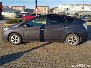 Toyota prius plug-in - imagine 8