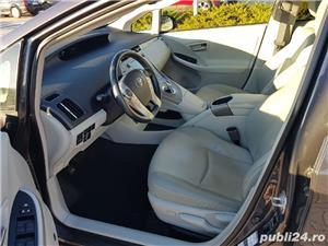 Toyota prius plug-in - imagine 6