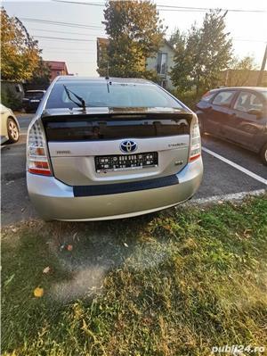 Toyota prius 3 hibrid 56000km - imagine 8
