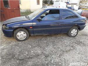 Ford Escort  MK7 1,4 benzina din 1997 - imagine 2