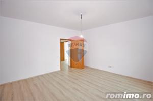 Casa ultra-moderna in EXCLUSIVITATE ! COMISION 0% - imagine 9