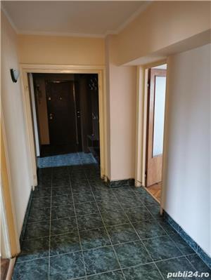 Apartament 4 camere zona Capitol - imagine 2
