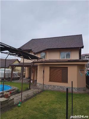 2 vile de vanzare cu piscina,aceeasi curte,pt locuit sau centru medical,zona Aradului - imagine 2