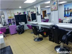 Închiriez post:manichiurista, frizer, coafeza - imagine 2
