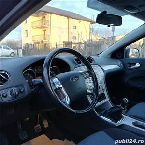 Ford Mondeo berlina  - imagine 4