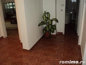 Apartament cu 4 camere situat in zona km.4-5 - imagine 16