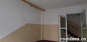 Apartament cu 4 camere decomandat ,vedere catre mare. - imagine 14
