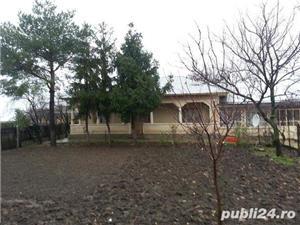 Casa de vânzare  - imagine 1