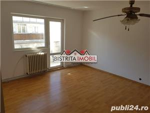 Apartament 2 camere, zona Imp. Traian, etaj 3, spatios, luminos - imagine 4