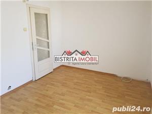 Apartament 2 camere, zona Imp. Traian, etaj 3, spatios, luminos - imagine 8