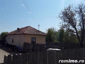 Casa si teren in sat Strejestii de Sus, judetul Olt - imagine 4