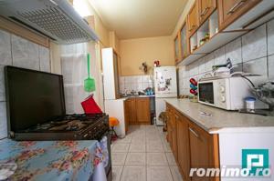 Apartament la casa cu 2 camere la PODGORIA - imagine 10