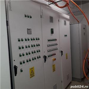 echipa de electricieni harnici!!! - imagine 2