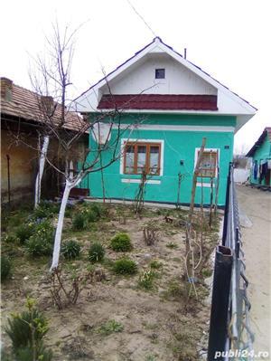 Vind casa la țara  - imagine 1