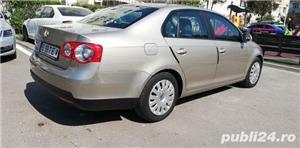 Volkswagen Jetta 1.9 Diesel 105 Cai Unic proprietar Acte în regula la zi cu fiscal pe loc  - imagine 4
