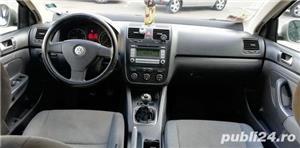 Volkswagen Jetta 1.9 Diesel 105 Cai Unic proprietar Acte în regula la zi cu fiscal pe loc  - imagine 10