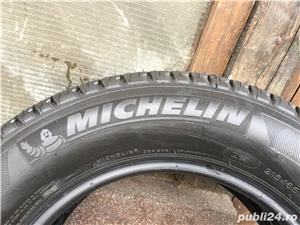 Vand cauciuc de vara Nou MICHELIN 215.65R16- 98H - imagine 3