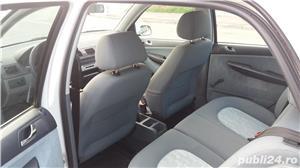 Skoda Fabia Sedan confort 1,4 MPI - imagine 5
