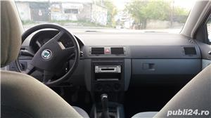 Skoda Fabia Sedan confort 1,4 MPI - imagine 7