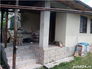 Hezeris, casa 3 cam renovata 2010 - imagine 1
