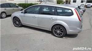 Ford Focus break 1.6 Euro 4 benzina 2009 - imagine 2