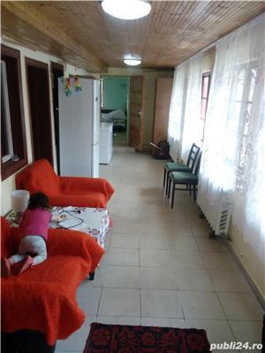 Hezeris, casa 3 cam renovata 2010 - imagine 4