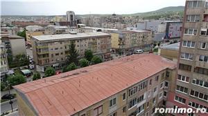 Vand apartament 3 camere decomandat in Deva, zona I. Maniu, etaj intermediar, situat pe mijloc,  - imagine 20