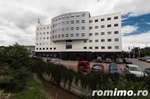 Inchiriere 2 etaje 700mp Office Building zona Vivo  - imagine 1