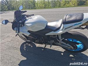 Honda CBR 600rr  - imagine 1