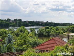 Vila pe malul lacului Balotesti - imagine 1