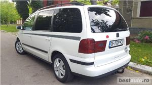 Seat Alhambra 2009 euro4 - imagine 3